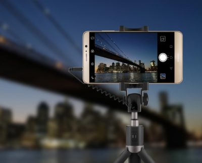 Strategies To Take Good Selfies With Tripods For Smartphone Devices