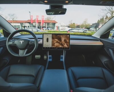 Self-Driving Car Levels, Benefits And Constraints
