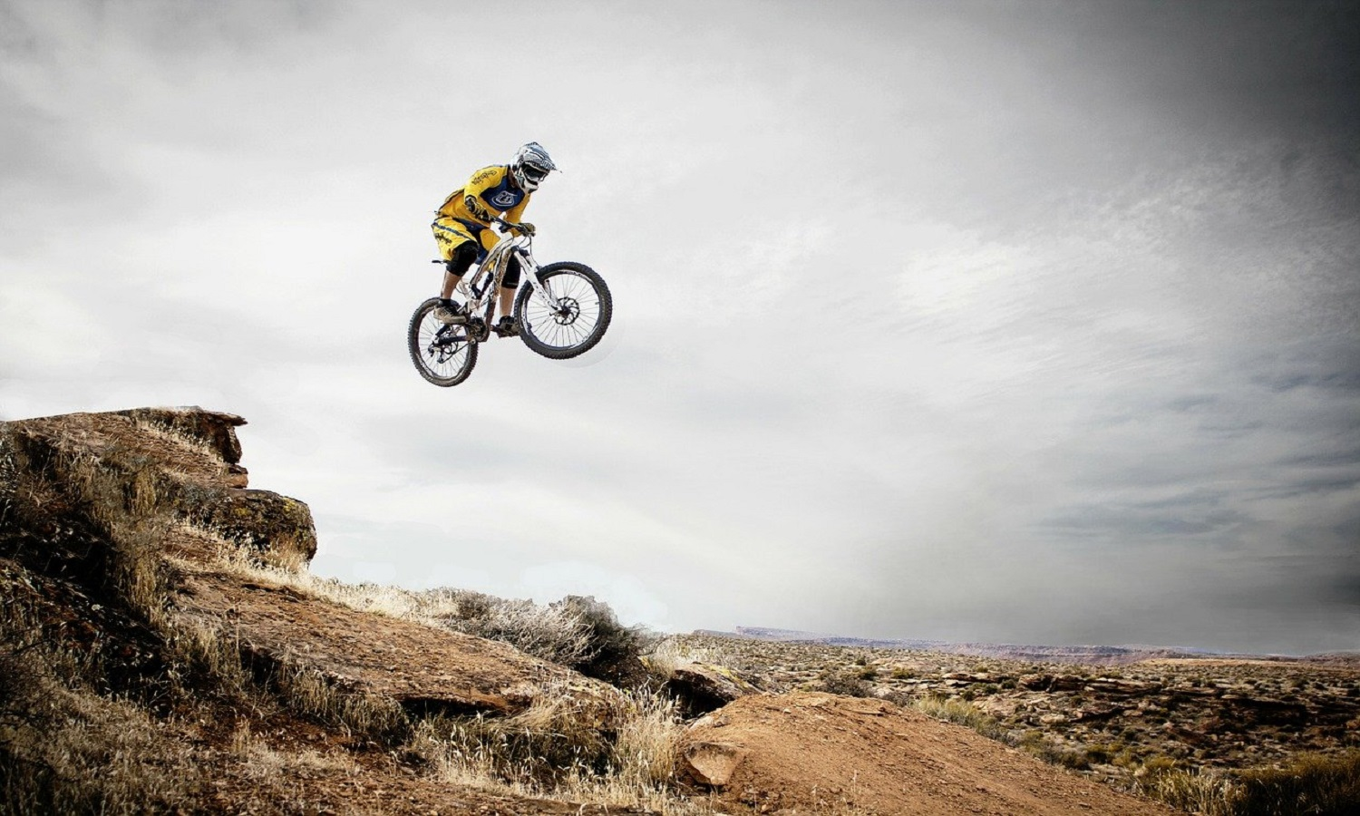 6 Benefits of Mountain Biking That Everyone Needs to Know